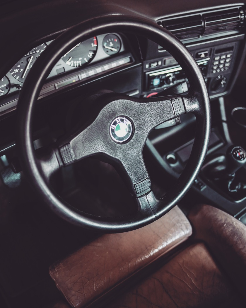 E30 Steering Wheel Removal