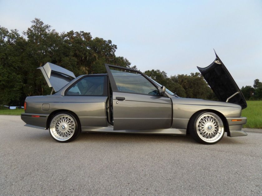 BMW e30 is body kit